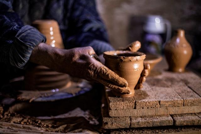Kriya Keramik Tradisional - SSK6321 - by Arianingsih